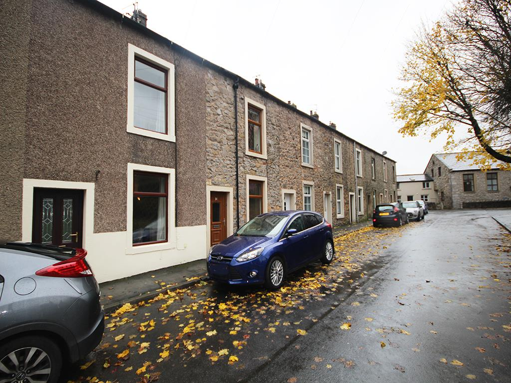 3 bedroom mid terrace house Let Agreed in Clitheroe - Property photograph